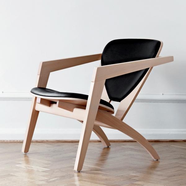 Hans. J. Wegner. Butterfly lænestol, sort skind. Model GE